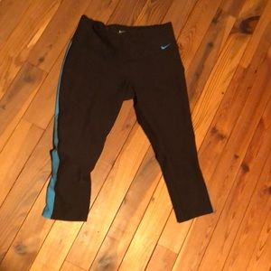 Nike dri fit leggings with stripe size small